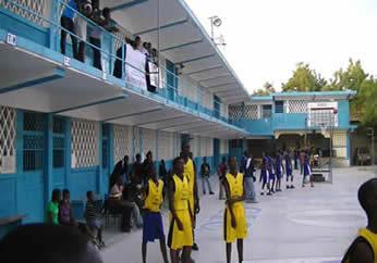 Ecoles for College laval piscine